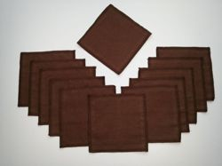 Apron fastened at the front for 4-5 year olds in a set with 12 cloths - brown