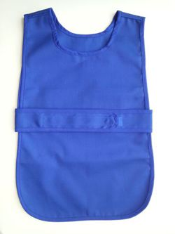 Apron fastened at the front for 4-5 year olds in a set with 12 cloths - various colors - blue