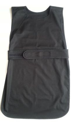 Apron fastened at the front (small 2-3 years old) in a set with 12 gloves - black